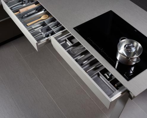 Küchenauswahl: FIORA / TESSA / LANA 02
