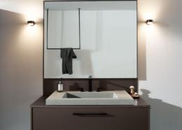 Badauswahl: Bild zeigt einen eleganten Waschtisch